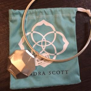 NWT Kendra Scott Connor necklace